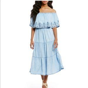 34e6ff30767 Reba Dresses - NWT On Off Shoulder Chambray Tiered Dress sz 2X